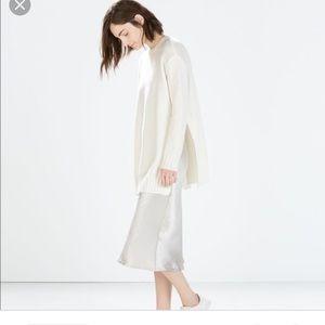 Zara Oversize sweater with slits